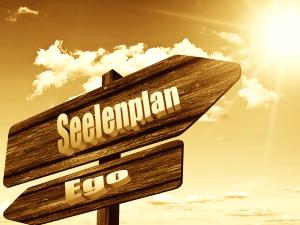 Neuanfang Das Ego loslassen dem Seelenplan folgen